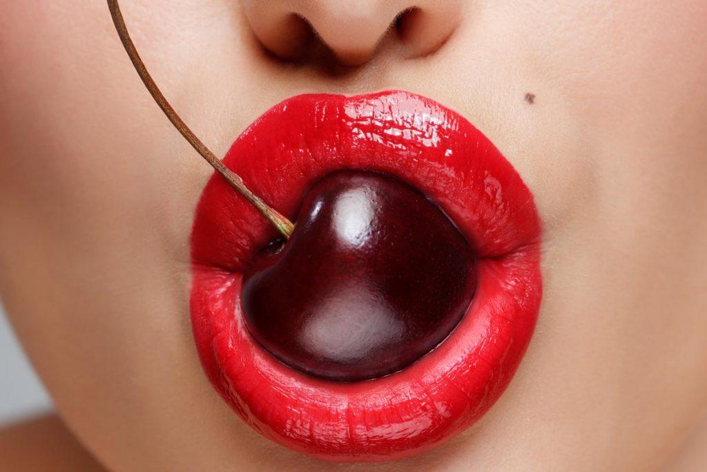 il sesso orale e i preservativi alla frutta