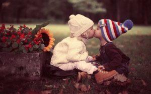 bacio bambini